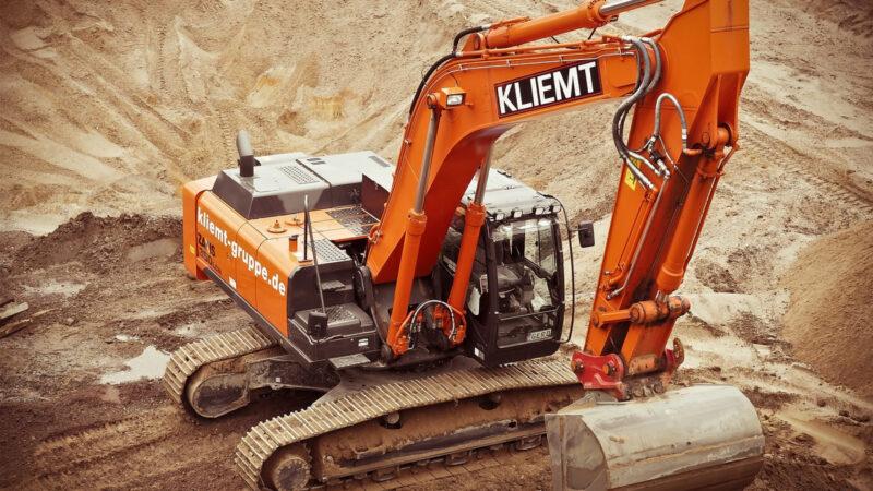 Comment devenir conducteur d'engin de chantier ?